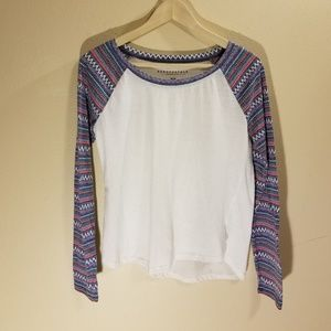Aeropostale long sleeve printed arms shirt